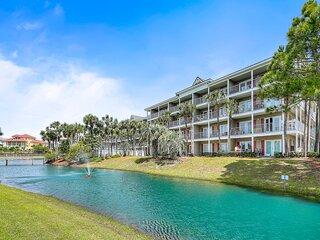 Wonderful Gulf Place retreat steps from the beach w/ free WiFi + shared pool!