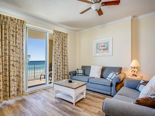 Expansive Gulf view condo w/ shared pool & hot tub - steps to the beach!