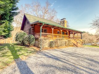 Amazing waterfront home w/ game room, private hot tub, free WiFi, and porch!
