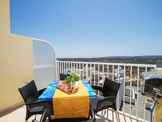 Summer Breeze Apartment with large sunny terrace with Panoramic Views