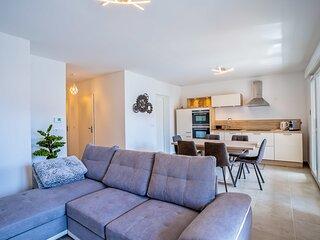 Appartement pour 4 personnes avec piscine et tennis de copropriete