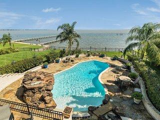Waterfront Luxury Home/ Heated Pool & Spa!
