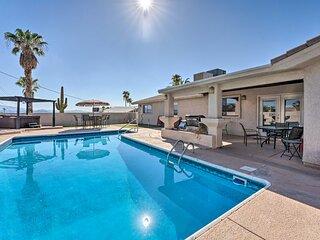 NEW! Desert Getaway w/ Putting Green & Pool Table!