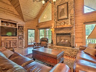 NEW! Lavish Cabin w/ Deck, Game Room & Mtn Views!