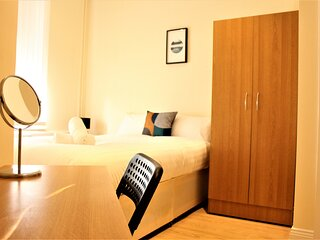 SUNDERLAND SERVICED APARTMENTS ⭐NEXT TO THE HOSPITAL & CITY