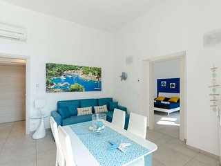 La Casa Rosa al Mare (Gold) apartment 1b/1b with balcony and parking