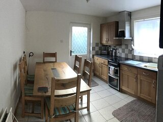 Immaculate 2-Bed House in Newtownabbey