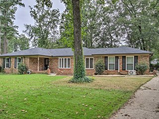 NEW! Quiet Home w/Billiards Table - 3.4 Mi to Dtwn