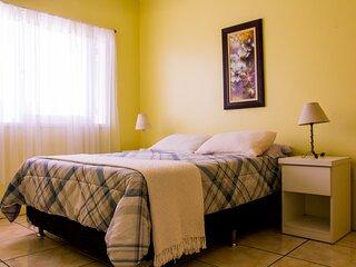 Apartamento de 01 dormitório no centro de Torres (Garagem, Wifi, Cozinha, etc)