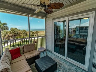 Perfect Vaca Gulf view villa close to Pool and Restaurants on Resort!  B3522B