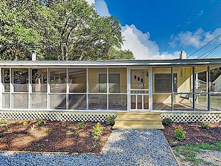 Renovated Coastal Cottage | Screened Porch & Firepit | Near Beach, Marsh Walk