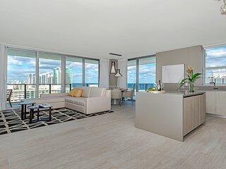 5 ⭐️ AMENITIES 2/2 - High-Floor with STUNNING Views * Infinity-edge pool