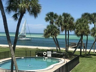 New Listing with Ocean Views, Fishing Pier, Balcony, 2 Pools, Beautifully Update