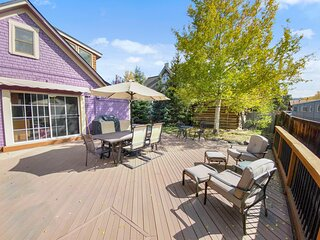 Historic Home in Downtown Breck, Private Hot Tub, 5 Fireplaces - Abbett Placer