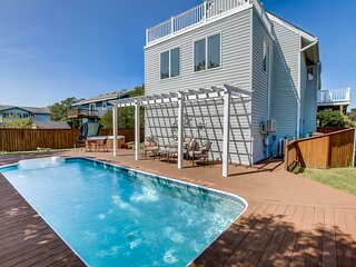 Coastal Lodge | 850 ft from the Beach | Private Pool, Hot Tub