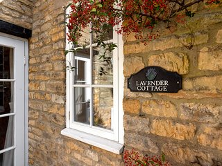 Lavender Cottage is charming Grade II listed property in Bourton-on-the-Water