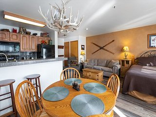 River Mountain Lodge 207E Condo: Ski-In, Downtown Breck!