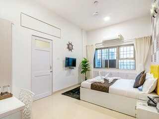 Exclusive Private room in Bandra East