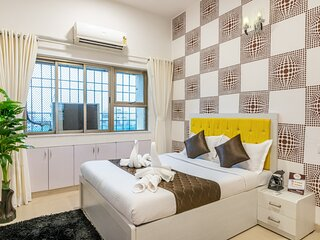 Room for Business Traveler in Bandra ( BKC )