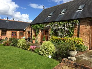 Grade II Listed Barn Conversion on the Edge of Bournemouth/New Forest
