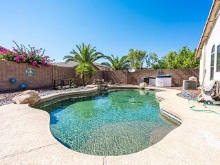 3BR Goodyear Home