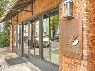 Luxury Condo in the Heart of Downtowntown Charleston