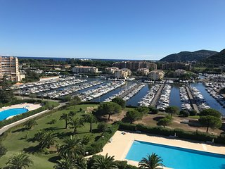 Cannes-Marina: Very nice apartment with sea view and swimming pool