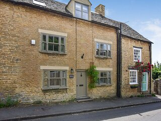 Browns Cottage - Sleeps 5, Charlbury, Nr. Chipping Norton, Cotswolds