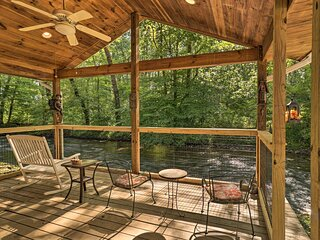 NEW! Charming Waynesville Cottage w/ Deck on Creek