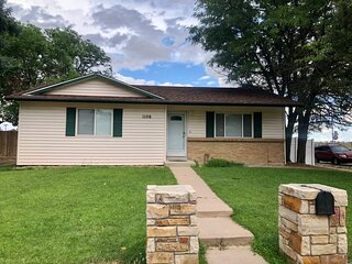 New listing THE CORNER HOUSE 2BD GATEWAY! Near DIA AND MAJOR HOSPITALS in Aurora