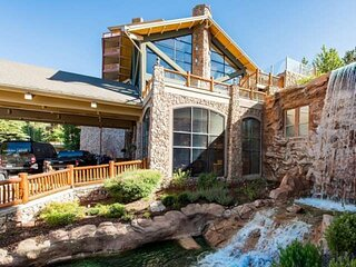 *FREE SKI RENTAL* Ski-In / Ski-Out * Canyons, Top Rated Resort Home–Includes Fre