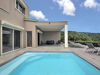 Villa Fleur de Passion: piscine avec vue mer epoustouflante