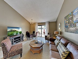Country Club Townhome with Pool, Hot Tub, Golf & Tennis