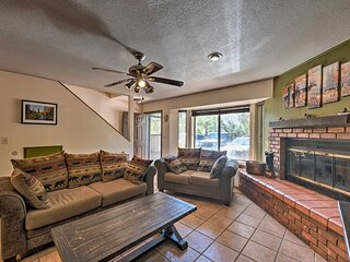 Country Pines Townhome: Gated Resort w/ Pool & Spa