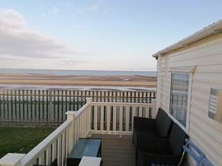 SEA FRONT SUNSET VIEW CARAVAN