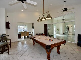 Casa De Osho, Large Villa, The Home of Peace & Tranquility in Paradise Cancun