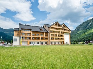 Spacious Apartment in Gosau near Ski Area