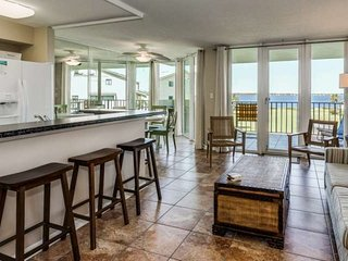 Fully Updated New Listing With Large Private Balcony - Great Location With Wonde