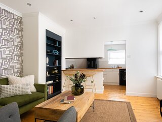 The Leyton Midland Escape - Modern 2BDR Flat with Garden