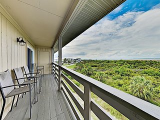 Lighthouse Point Beachfront Escape | Pool, Tennis, Epic Views | Steps to Sand