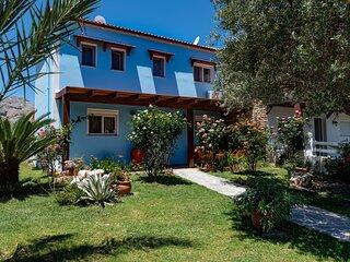 Posidonia Villas - The Blue & White House