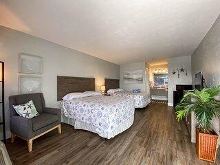 Bonita Beach Inn & Suites Two Double Beds 206