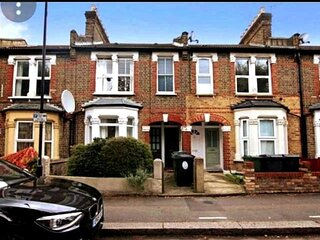 Charming 1-Bed House in London