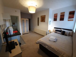 Milburn - Room 1