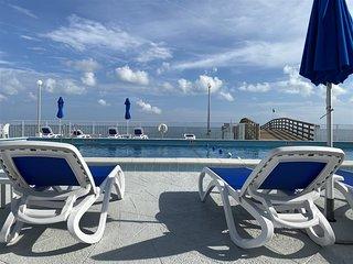 Clara`s Ocean Gem Condo 2bed 2bath third floor with elevator, pool & ocean views