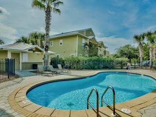 New To The Rental Market!! Spacious 3BR Condo - Community Pool - Credit Towards