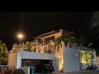 Hermosa Casa dentro del Condominio Campestre el Peñon