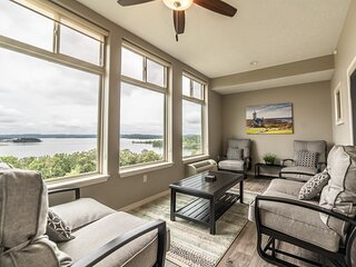 Exquisite Lake View Condo with Sunroom & Balcony at The Majestic at Table Rock