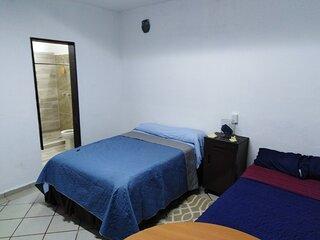 Habitacion Caracoles independiente, aire acondicionado,cerca de playa