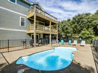 Sunshine Paradise | 720 ft from the beach | Private Pool, Hot Tub | Kitty Hawk